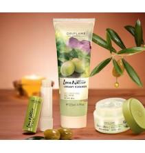 Sada pro pleť Love Nature s Olivovým olejem - Pleťový krém 50 ml + Krémová čisticí péče 125 ml + Balzám na rty 4,5 g